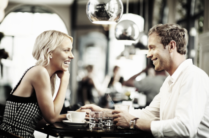 Is It Better To Go On Dates With Many Or A Few People At A Time When Looking For A Serious Relationship Online?