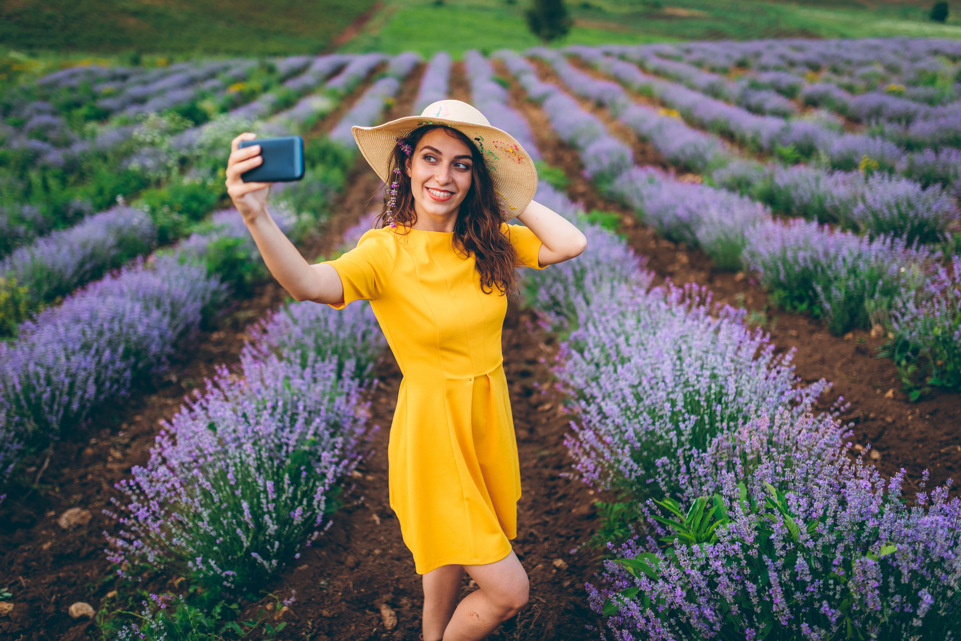 Online Dating And Asking For More Photos Or Selfies?