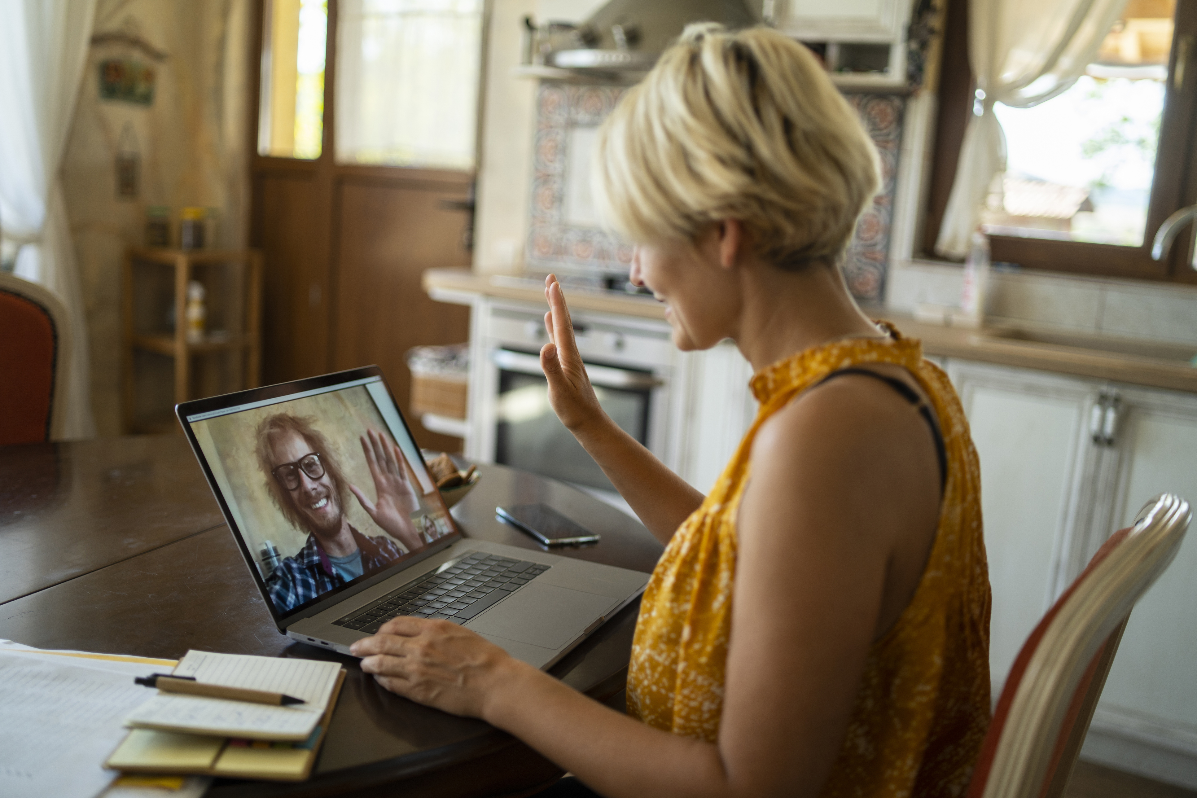 Online Dating At 35. Is It Worth It?