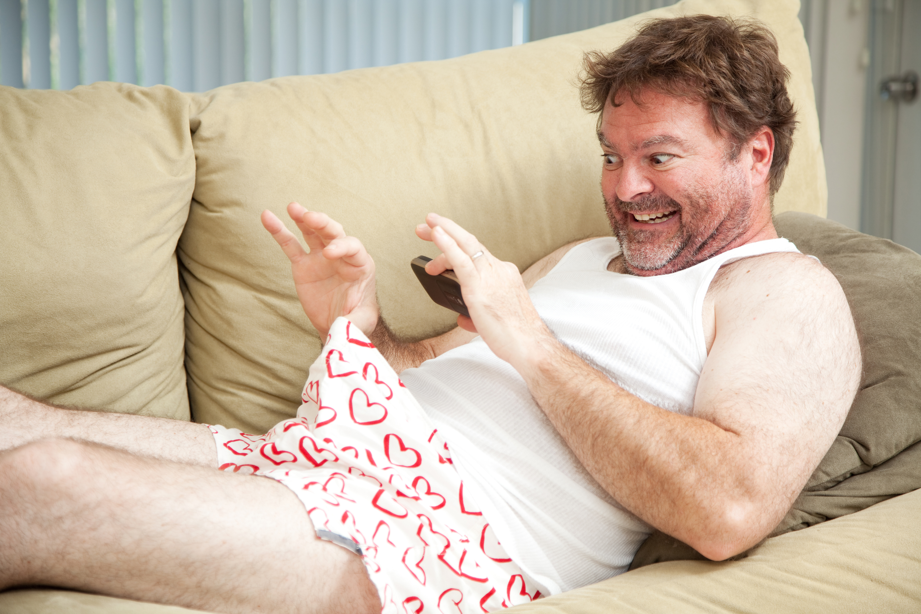 Online Dating: How To Avoid Unsolicited PP Pics?