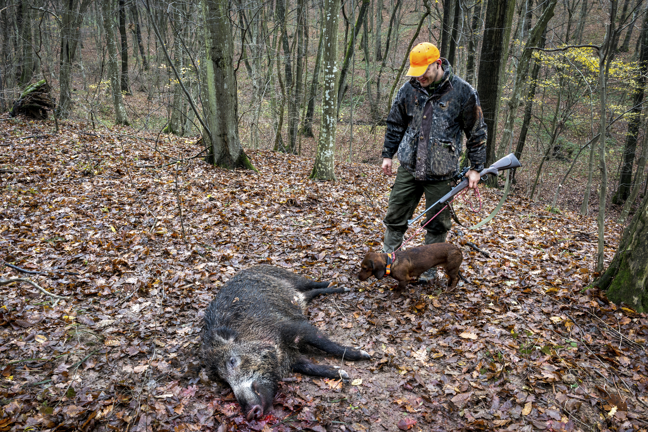 Online Dating: Why Do Men Post Photos With Dead Animals?