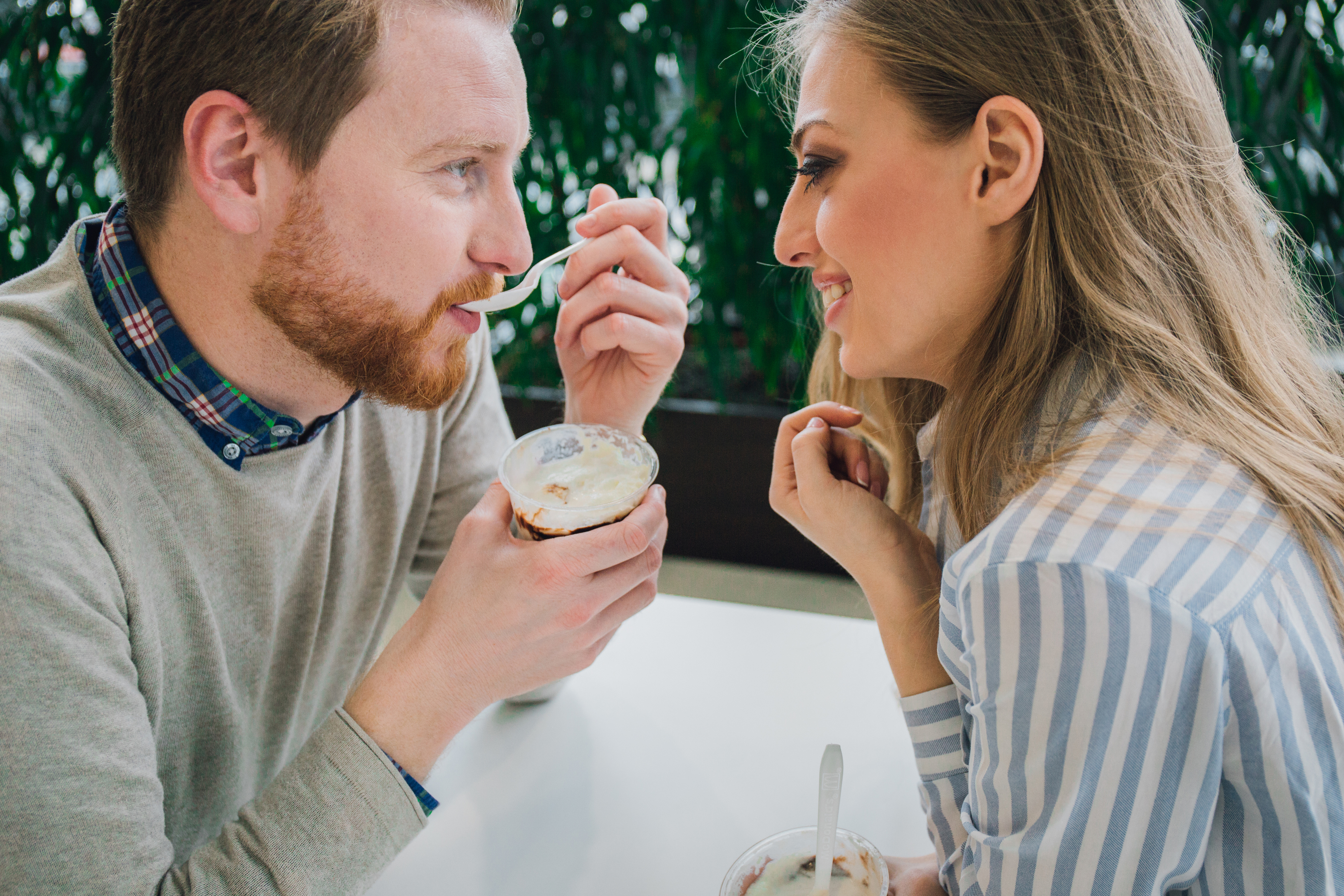 Online Dating: How To Get Over First Date Nerves?